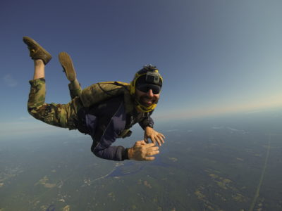 how scary is skydiving