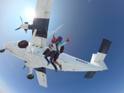 what shoes to wear skydiving